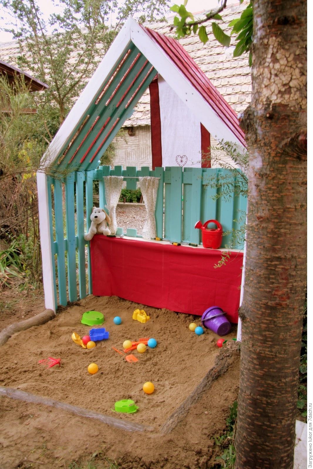 Детский домик из поддонов своими руками фото