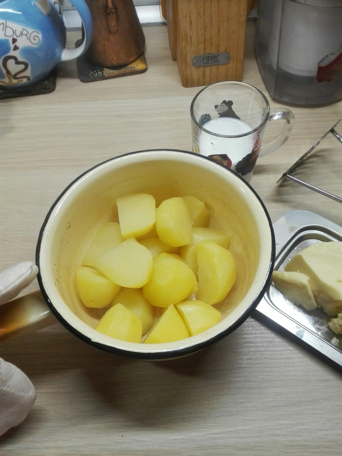Пюре с яйцами рецепт