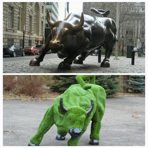 Атакующий бык с Уолл-Стрит