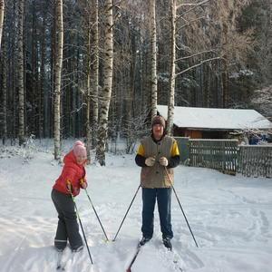 С дедушкой на лыжах