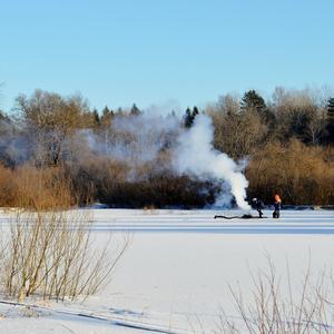 Холодно на рыбалке зимой