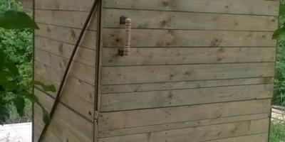 Строим на даче из паллет