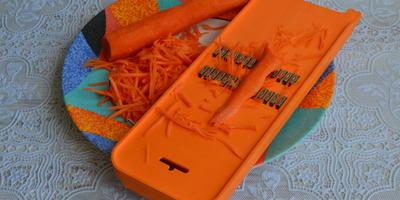 Рулетики из скумбрии с морковью