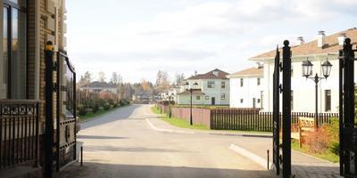 Фотографии и отзывы о коттеджном поселке «Лион» (Одинцовский р-н МО)