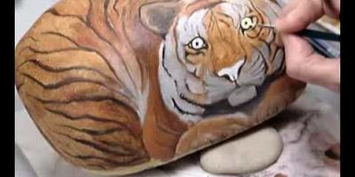 Видеоурок: роспись по камню