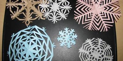 Снежинки своими руками - семейная традиция