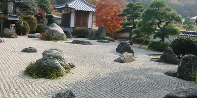 Гравий - идеальный материал для создания неповторимого сада