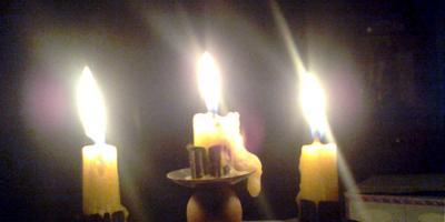 Как выжить без электричества в занесенной снегом деревне