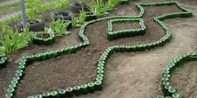 10 идей использования бутылок в саду