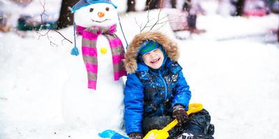 Наш веселый снеговик!