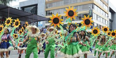 «Фестиваль Цветов и Фруктов 2014» стал самым ярким культурным событием в Эквадоре