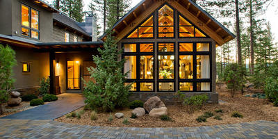 Дача мечты — шикарный деревянный дом в лесах Калифорнии