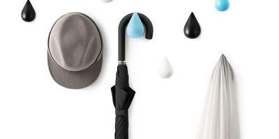 18 креативных идей о том, как организовать вешалки на даче