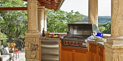 Кухня на свежем воздухе как способ увеличить полезную площадь дачи