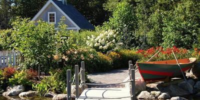 Прогулка по ботаническому саду Мэн в прибрежном стиле