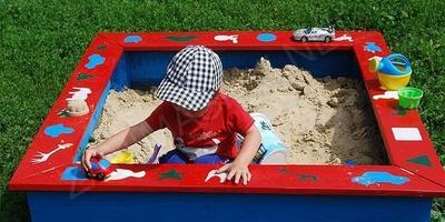Какой детский уголок вы посоветуете сделать на даче?