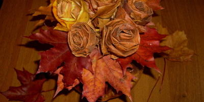 Как правильно окрашивать листья для осеннего букета?