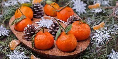 От новогоднего декора до баночки варенья, или Что можно сделать из обыкновенных шишек