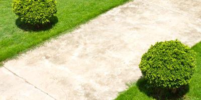 Уход за садовыми дорожками: ремонт и реставрация