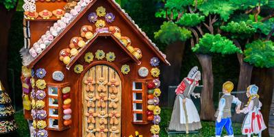 Новогодний домик - традиции и современность