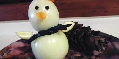 Снеговичок для украшения салата