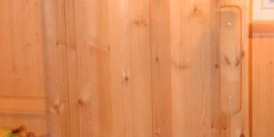 Вагонка в парилке и конструкция банной двери