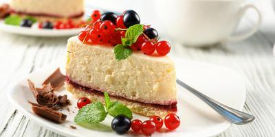 Устроим праздник: 10 рецептов выпечки с ягодами