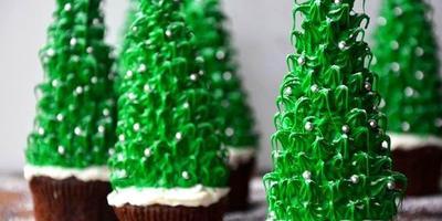 Как оформить новогодние десерты для детей
