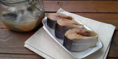 Салат с селедкой, картофелем и красным маринованным луком