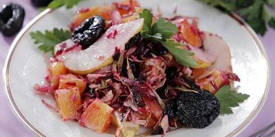 10 рецептов постных салатов и закусок