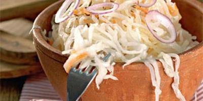 Как вкусно и быстро заквасить капусту?