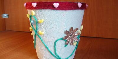 Декорируем кашпо для цветов