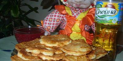 Сладкие оладушки из кабачков и яблок
