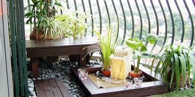 Маленькие балконы: 5 переделок и 10 идей для вдохновения