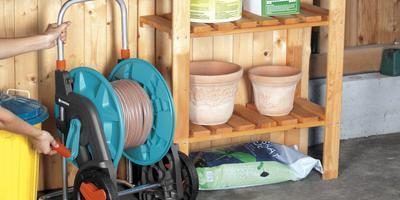 Катушки и тележки для хранения шлангов от GARDENA