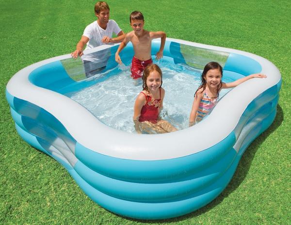 Квадратный небольшой надувной бассейн
