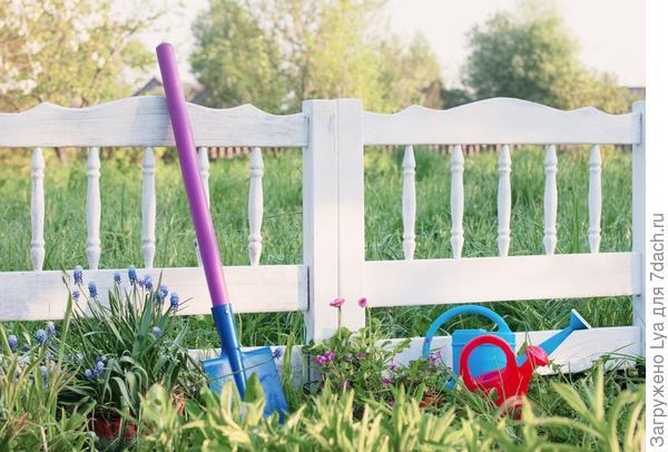 Красивый, оригинальный, элегантный и необычный забор.