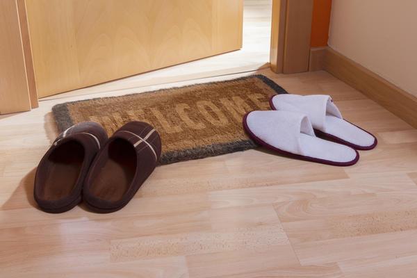 Придверный коврик в доме