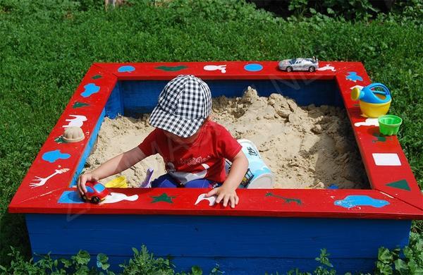 Детская песочница на даче своими руками