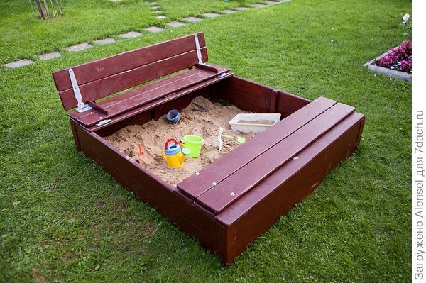 Крышка для песочницы на шарнирах