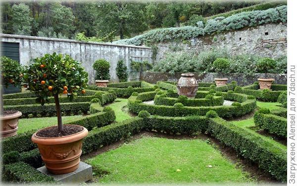 Геометрический стиль оформления загородного участка