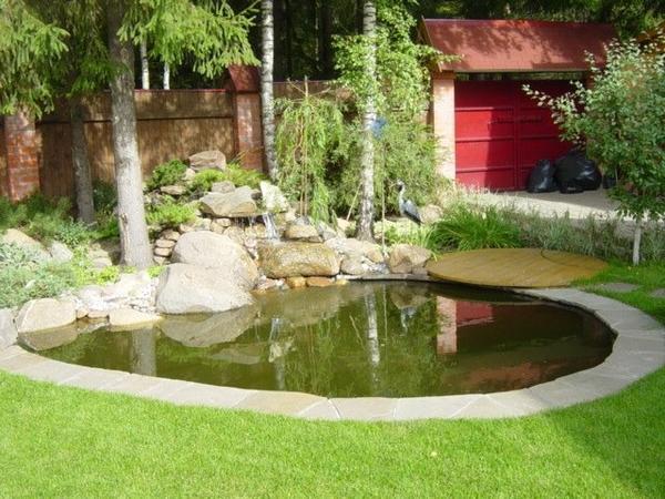 Бассейн с камнями