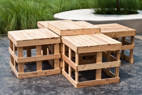 Садовая мебель из дощечек