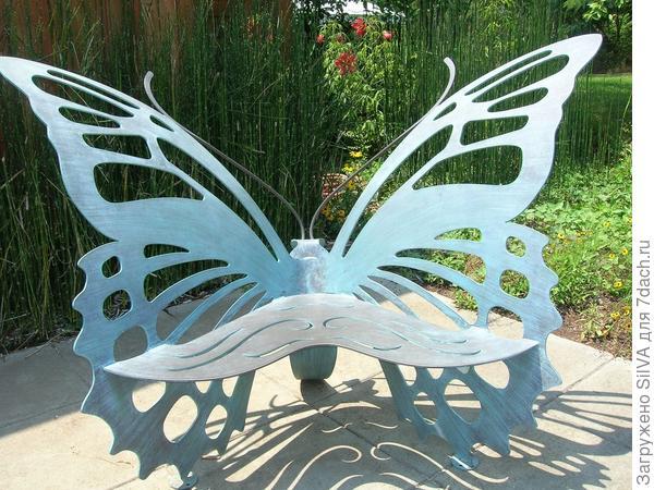 необычная дачная скамейка из листовой стали