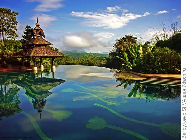 Бассейн  Anantara Golden Triangle Resort and Spa, Чианграй