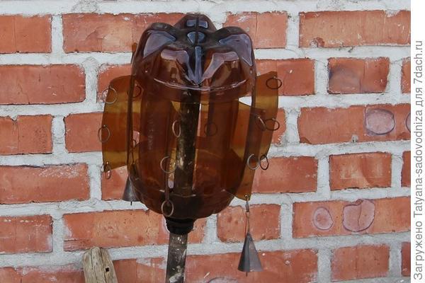 флюгер из пластиковой бутылки, фото с сайта mv74.ru