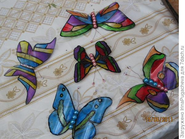 9. Бабочки из пластиковых бутылок.