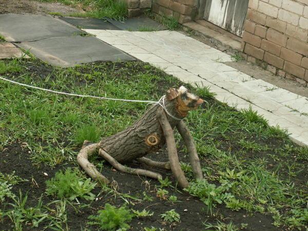 """""""Не лает, не кусает, порядок охраняет"""", фото с сайта prikol.jofo.ru"""