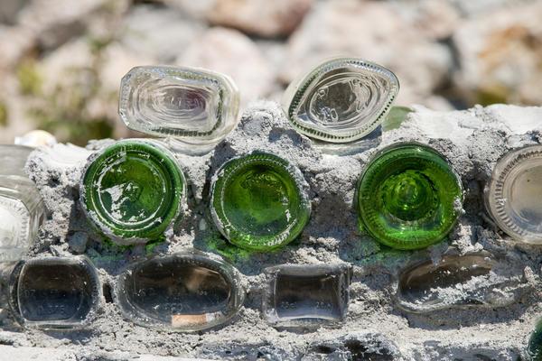 Бутылки для стен
