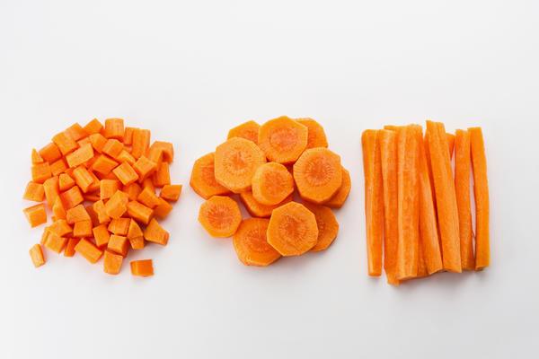 Самый простой способ сохранения моркови  в полуготовом виде на долгое время - заморозка
